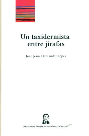 UN TAXIDERMISTA ENTRE JIRAFAS